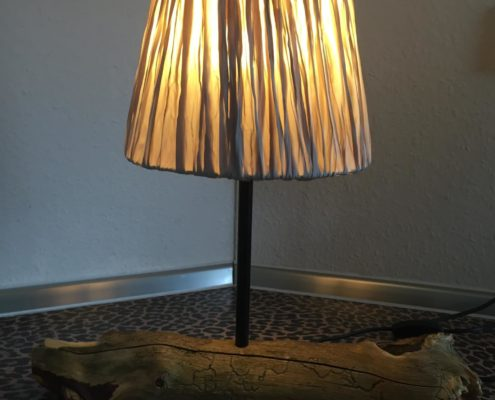 Artwork - Stehlampe